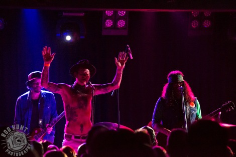 Brant Bjork with guest vocalist Sean Wheeler